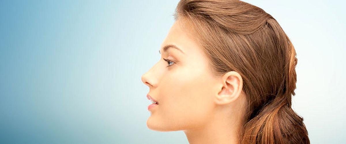 با عوامل غیرطبیعی ریزش موها آشنا شوید