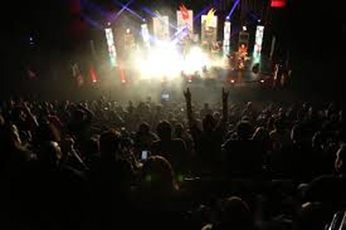 خوانندهایی که رکوردار جشنواره موسیقی فجر هستند