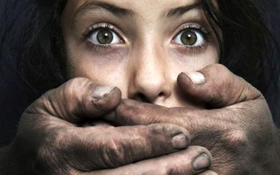 تجاوز وحشتناک کارگردان مشهور به دختر جوان به بهانه بازیگری + جزئیات