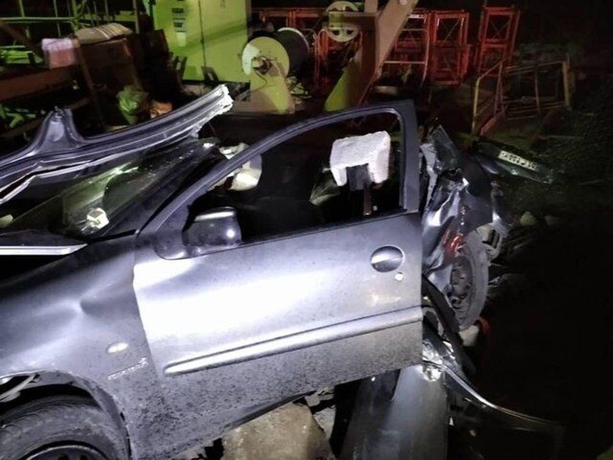 تصادف مرگبار پژو ٢٠۶ در بزرگراه آزادگان + جزئیات