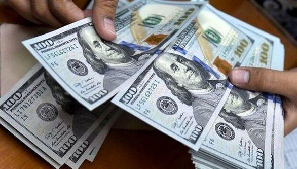 نرخ دلار ۶ اسفند در صرافیهای بانکی