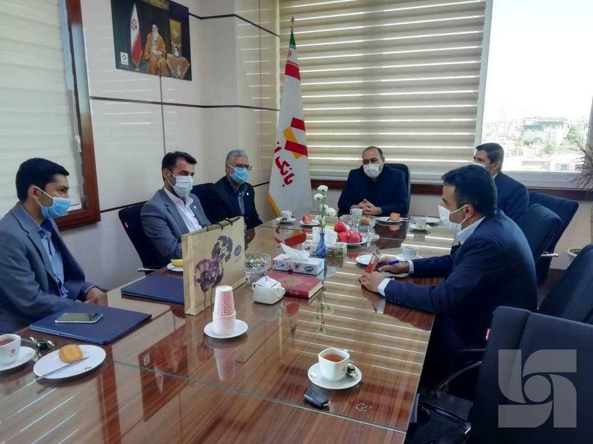 رضایت بانک انصار از خدمات بیمه سرمد در استان خراسان جنوبی