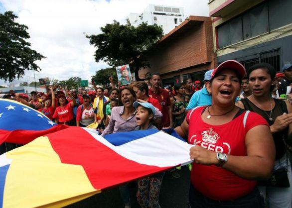 اخبار لحظه به لحظه از ونزوئلا + تصاویر قیام مردم ونزوئلا