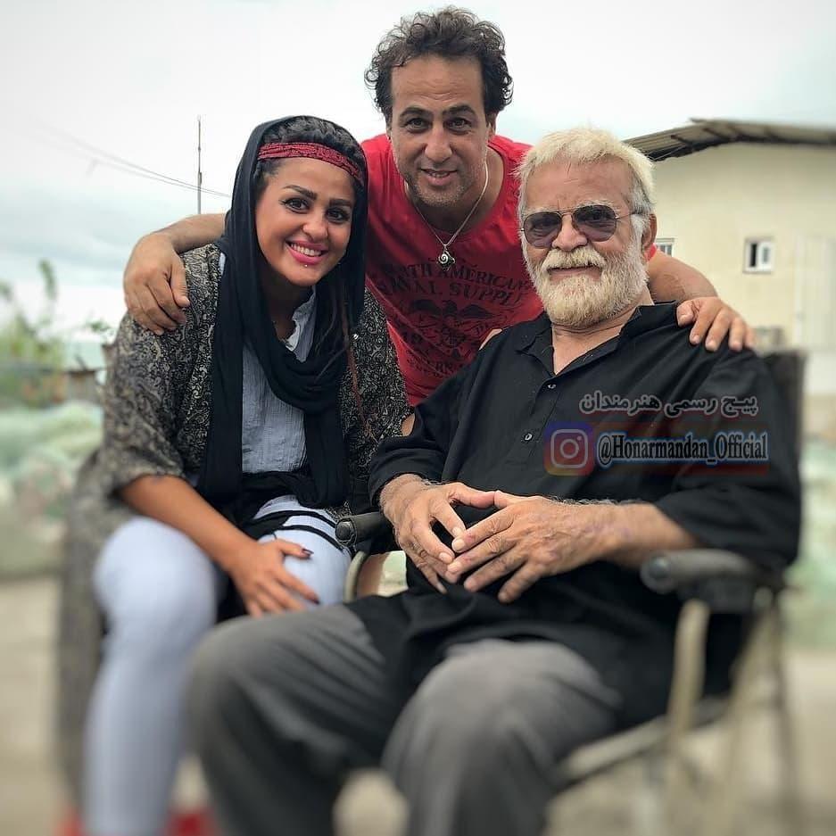 عکس چهره سالخورده مهدی فخیم زاده در کنار رامین راستاد و همسرش!