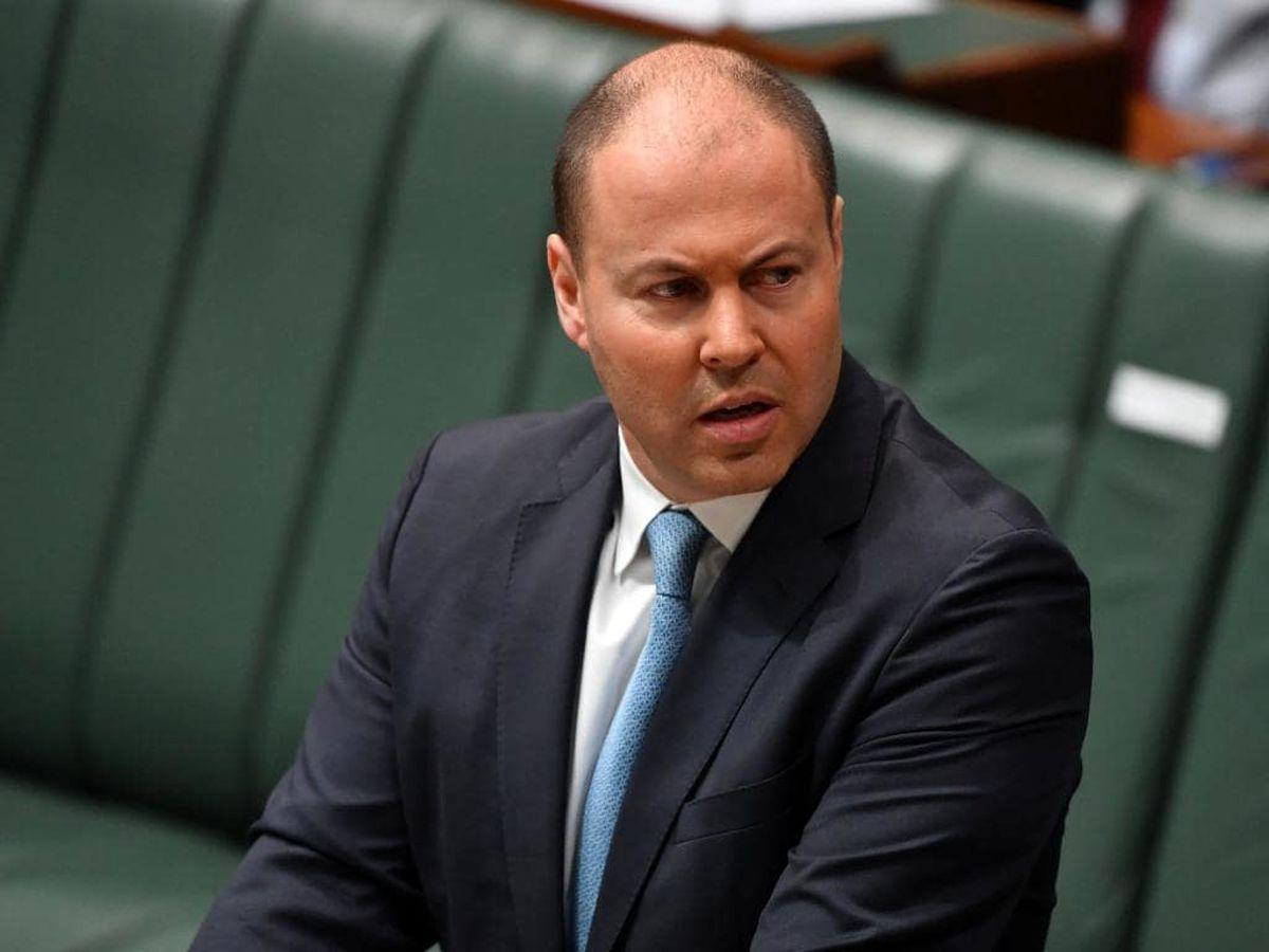 سرفههای وزیر خزانهداری استرالیا را به قرنطینه فرستاد