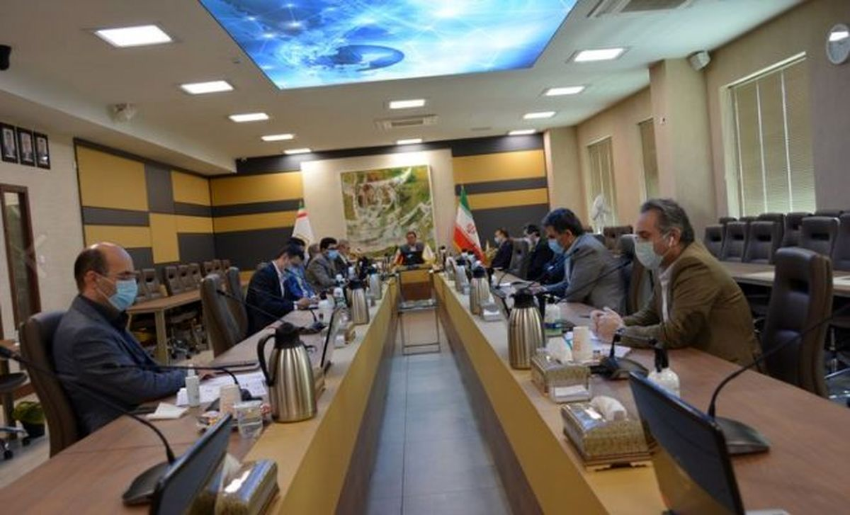 همایش سراسری مدیران بانک صنعت و معدن به صورت برخط برگزار شد