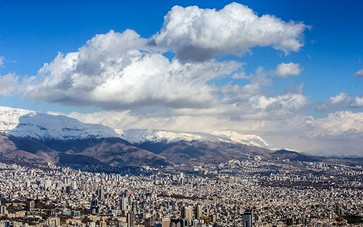 """کیفیت هوای تهران """"سالم"""" است"""