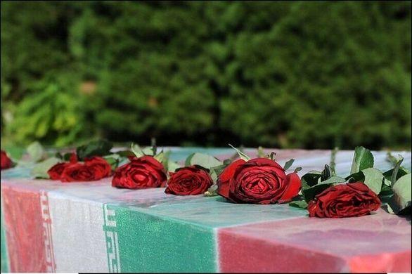 مراسم وداع با پیکر شهید گمنام دوران دفاع مقدس در ایران خودرو