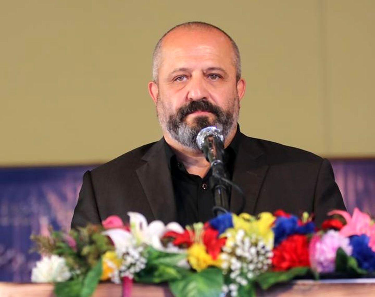 تشکیل جمهوری اسلامی تجلی اراده ملی و پشتوانه دینی ملت ایران بود