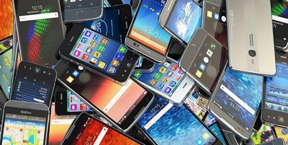 یک میلیارد گوشی قاچاق در لارستان کشف شد