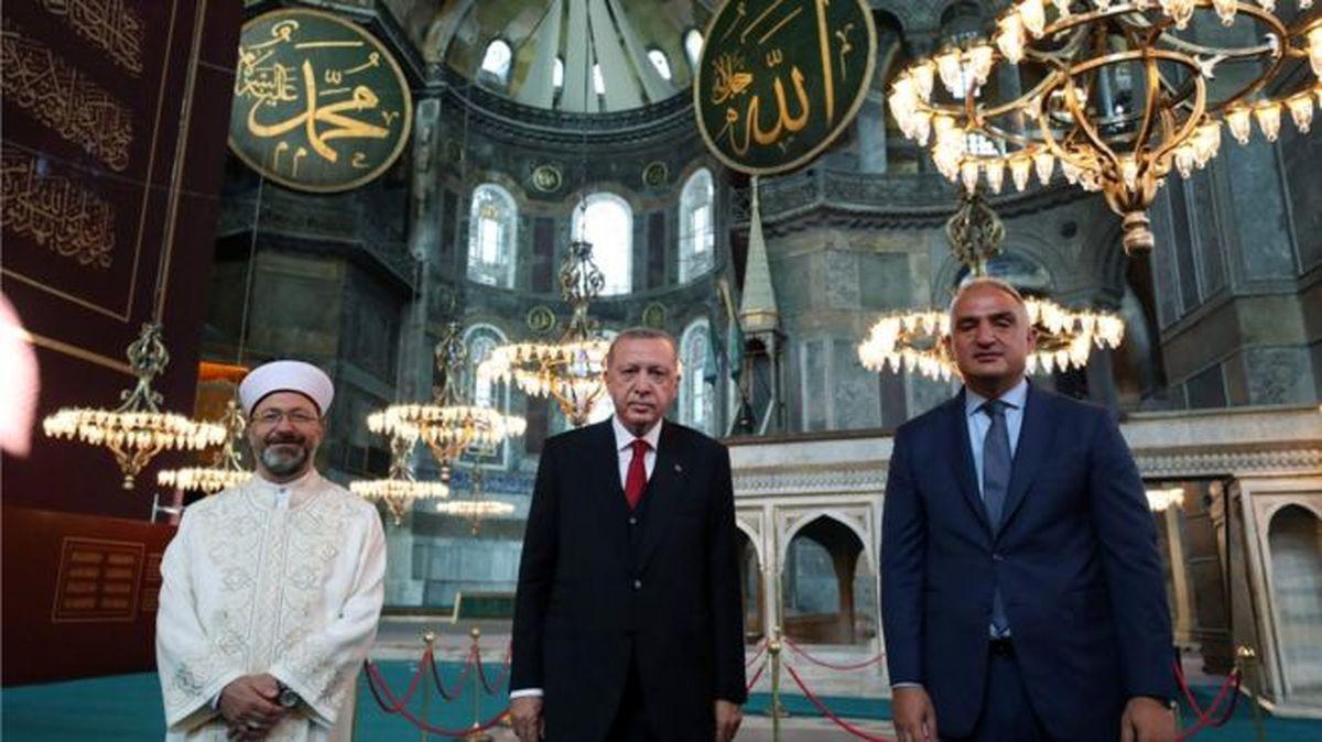 اولین نماز جمعه در ایاصوفیه با حضور اردوغان برگزار شد
