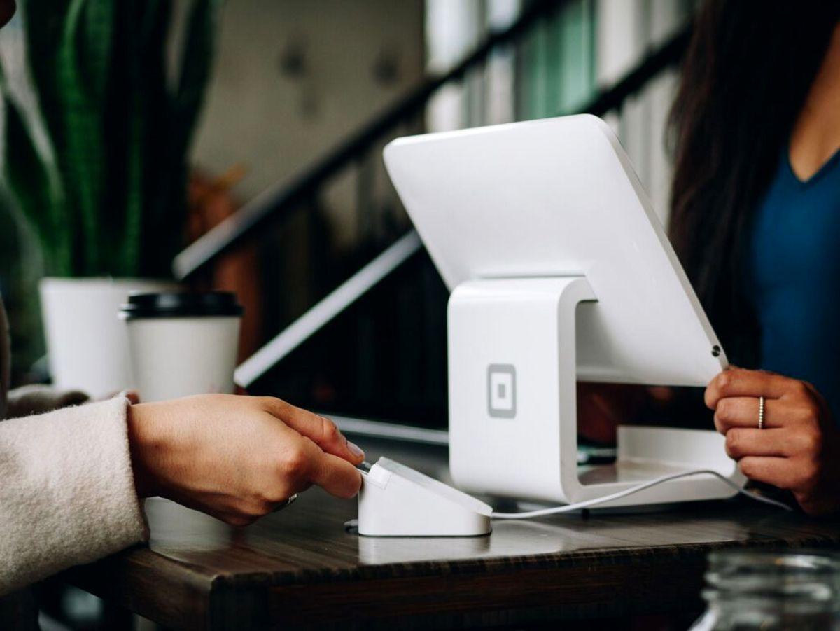 مدل کارمزدی شبکه پرداخت کارتی در دنیا چگونه است؟