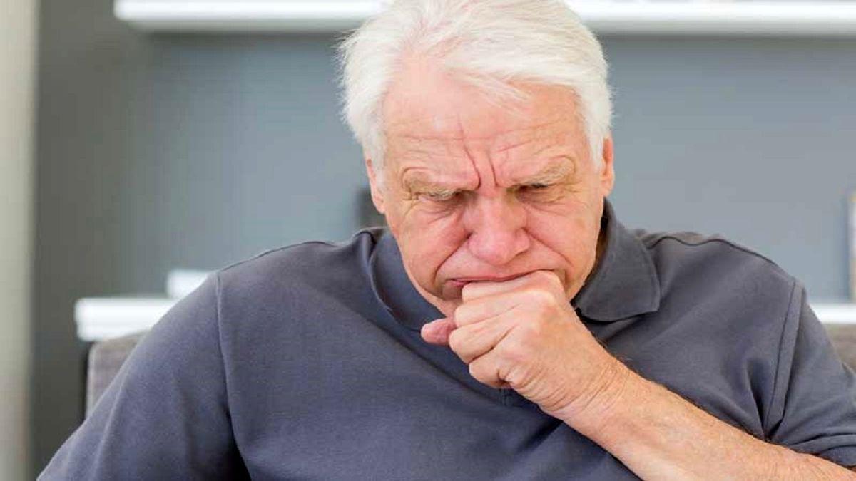 ویروس کرونا   آیا سرفه همراه با خلط از علائم کروناست؟