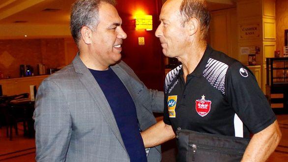 دیدار عرب با کالدرون و سرخپوشان در اردو