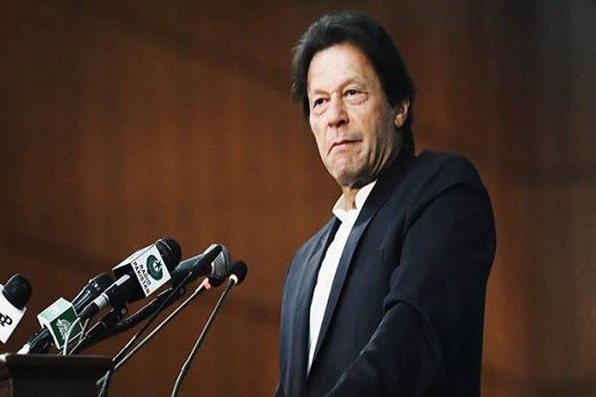 عمران خان: تحریمهای ایران را لغو کنید