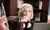 سکوت بازیگر نقش شارلوت در سریال گاندو شکست | ماجرای بی حجابی شارلوت در سریال گاندو