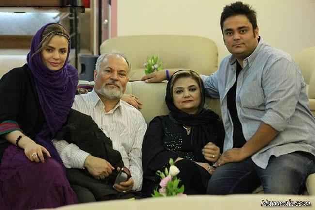 سپیده خداوردی در کنار پدر و مادرش