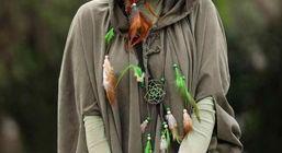 تیپ سرخپوسی اندیشه فولادوند در کار جدید مهران مدیری + عکس