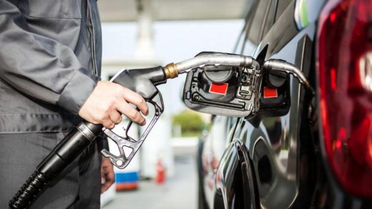 قیمت بنزین به کجا می رسد؟   قیمت بنزین افزایش می یابد؟