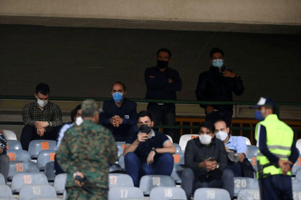 حضور آقازاده ها و نورچشمی ها در استادیوم آزادی برای تماشا دربی + عکس