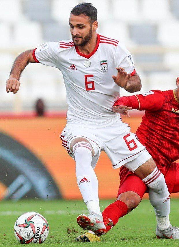 احمد نوراللهی - ویکیپدیا، دانشنامهٔ آزاد