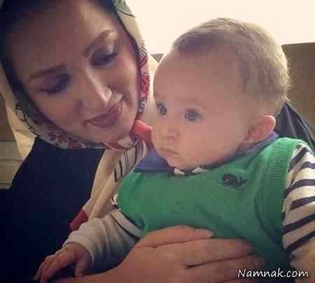 روناک یونسی و پسرش