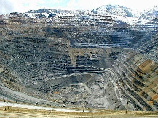 معاون صمت استان مرکزی: معدن دالی دارای ذخیره احتمالی ۱۲ میلیون تن مس است/ نماینده مردم دلیجان: محیط زیست آلودگی معدن را اعلام کرده است