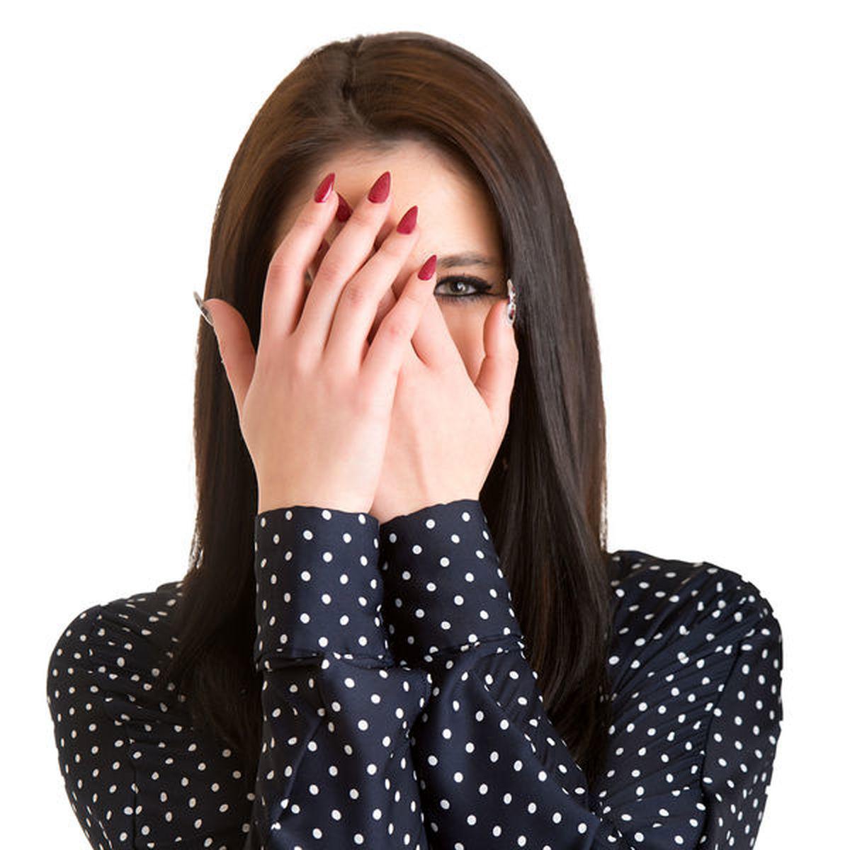 آیا خجالتی بودن بیماری است؟