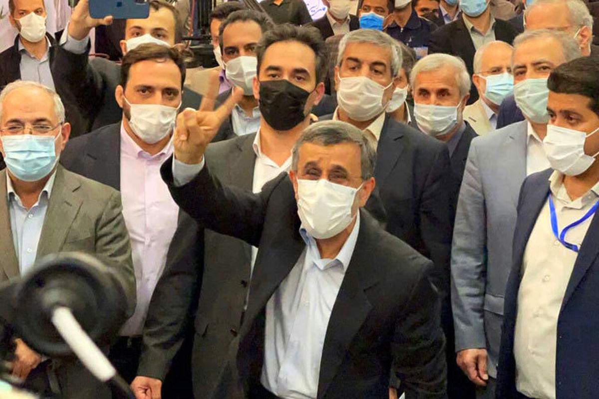 شعار هواداران احمدی نژاد/ احمدی جونمه رئیس جمهورمه + فیلم