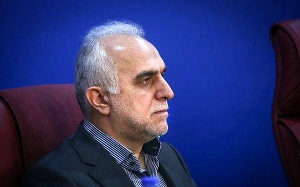 وزیر امور اقتصادی و دارایی به استان همدان سفر کرد
