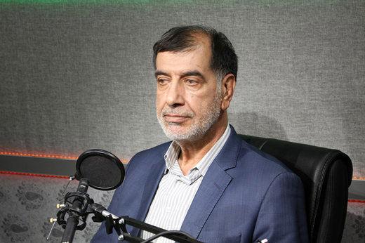 گاندو نظام ایران را زیر سوال برد