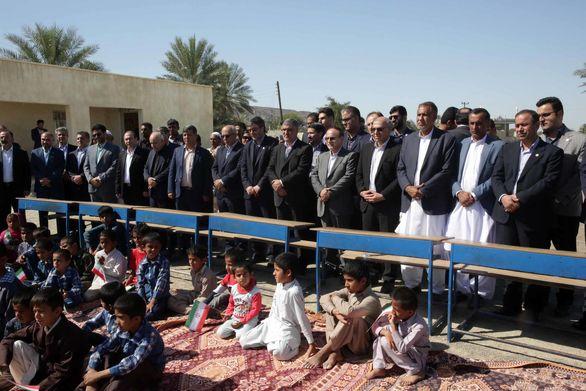 اهدای کمکهای غیرنقدی بیمه البرز به هموطنان سیلزده