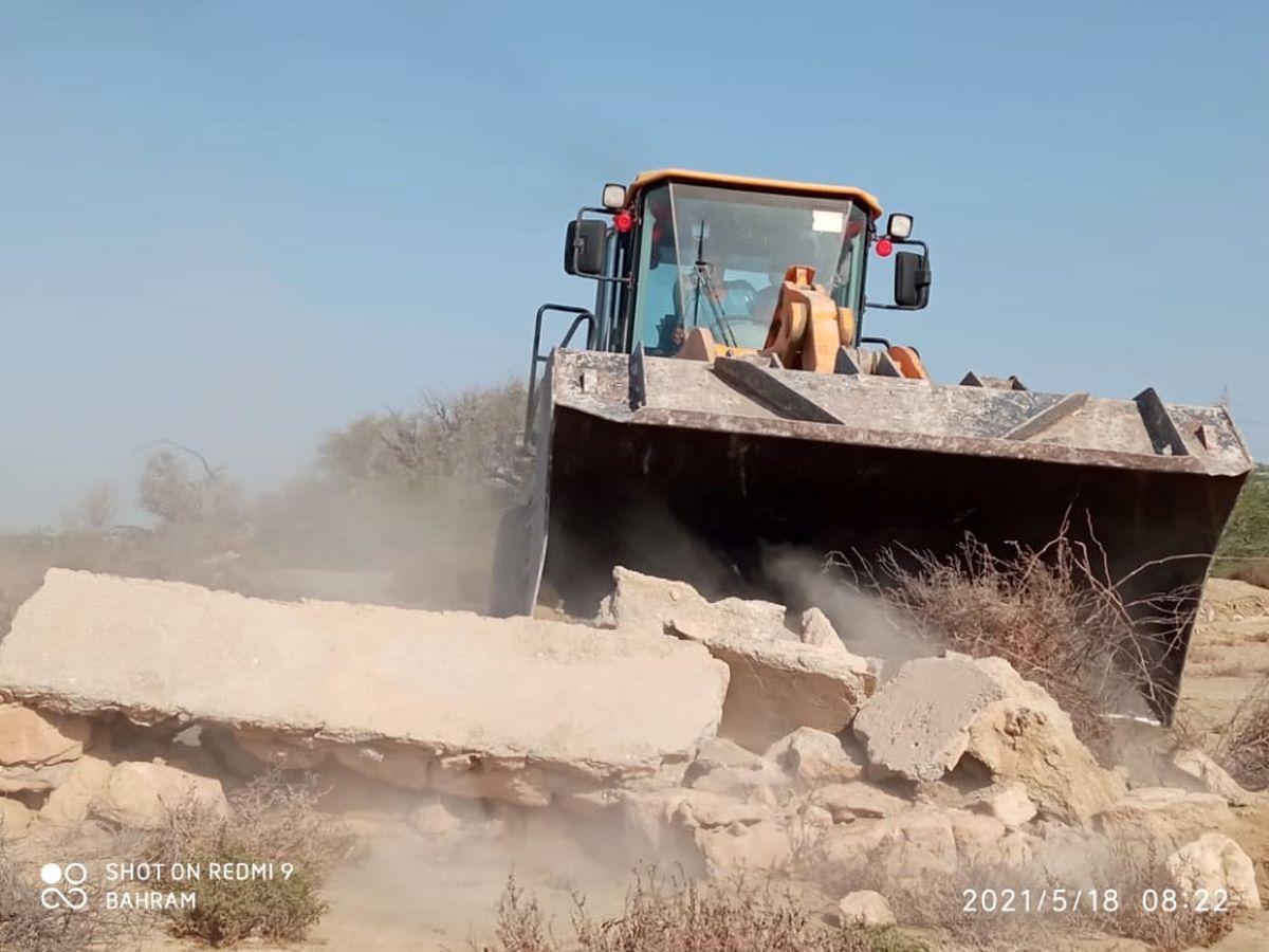 رفع تصرف اراضی خالصه دولتی به ارزش 13.2 میلیارد ریال در روستای تلمبو قشم