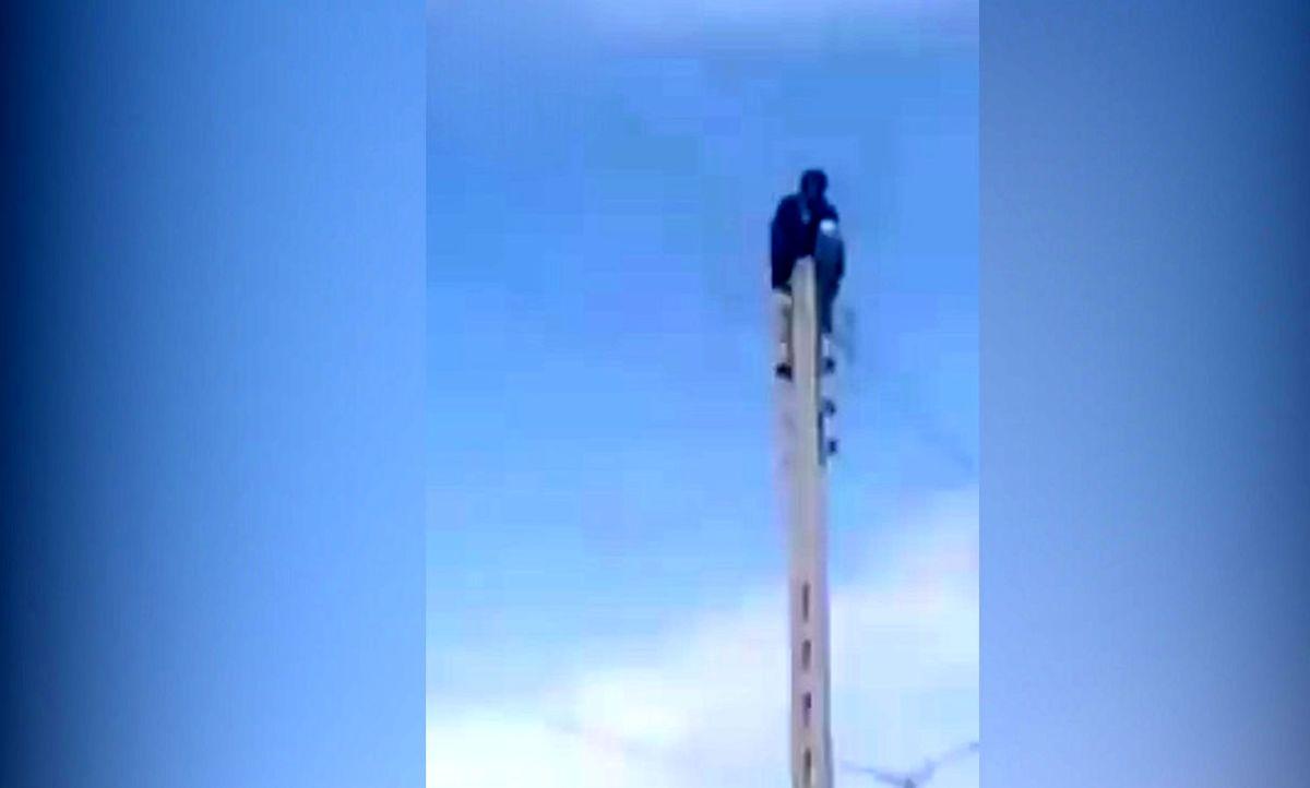 خودکشی مرد زاهدانی به دلیل مشکلات معیشتی + فیلم