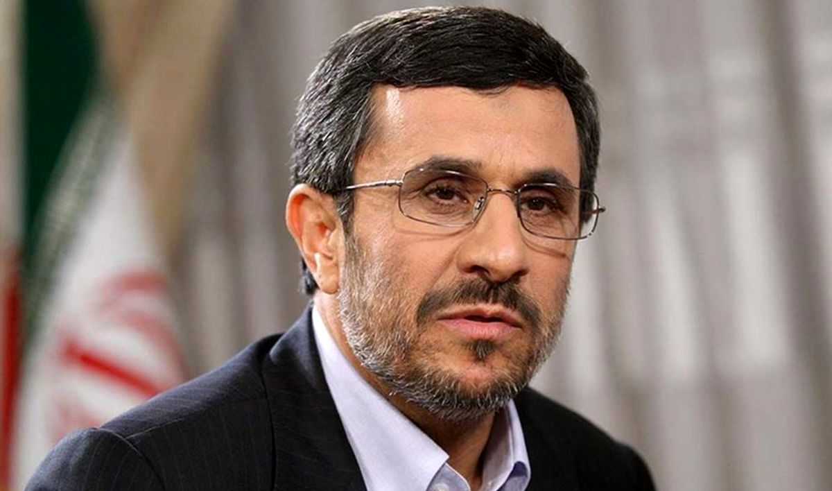 گوشی موبایل احمدی نژاد سوژه رسانه ها شد + عکس