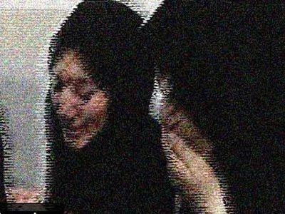 تجاوز بی رحمانه به زن ایرانی در مقابل شوهرش +عکس